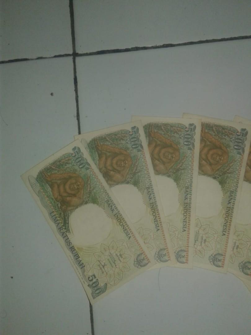 Uang kertas nominal 500 rupiah antik mulus ada 12lembar eks koleksi pribadi