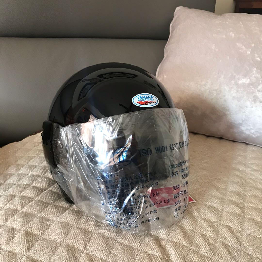 《全新》YAMAHA 山葉 半罩式安全帽