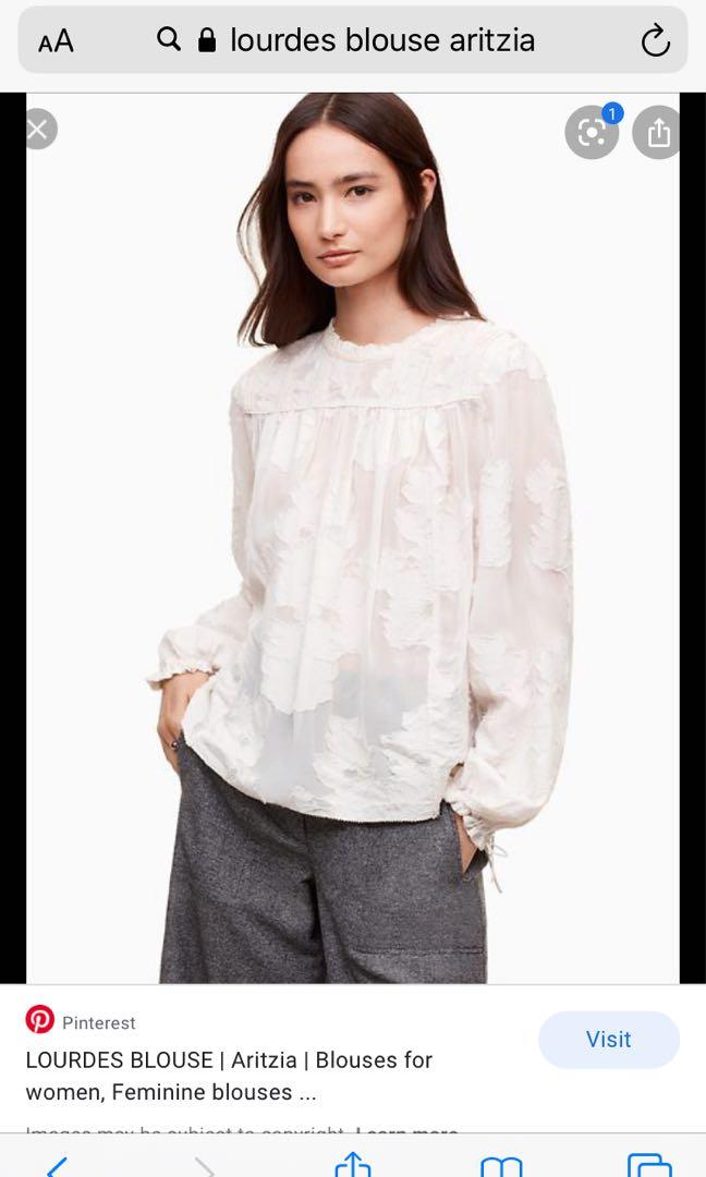 Aritzia Wilfred Lourdes blouse OAK white colour size SMALL