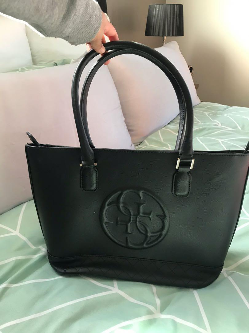 Guess tote bag (authentic)