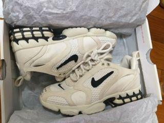 Nike × Stussy