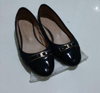 Urban'n Co Cutie Black Flatshoes