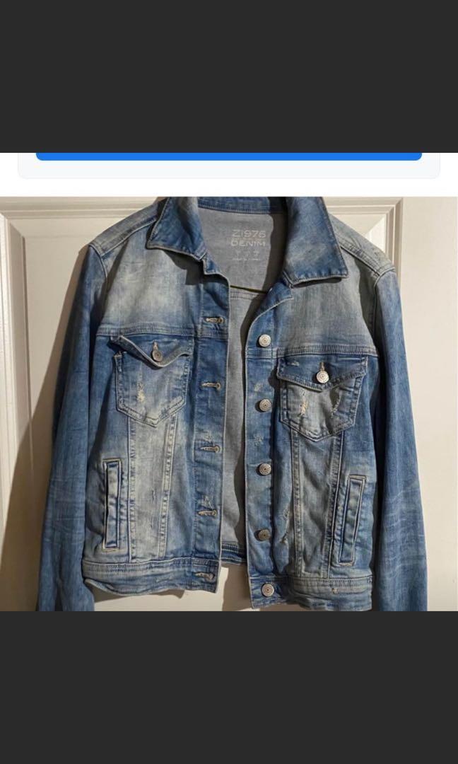 Zara jean jacket size small