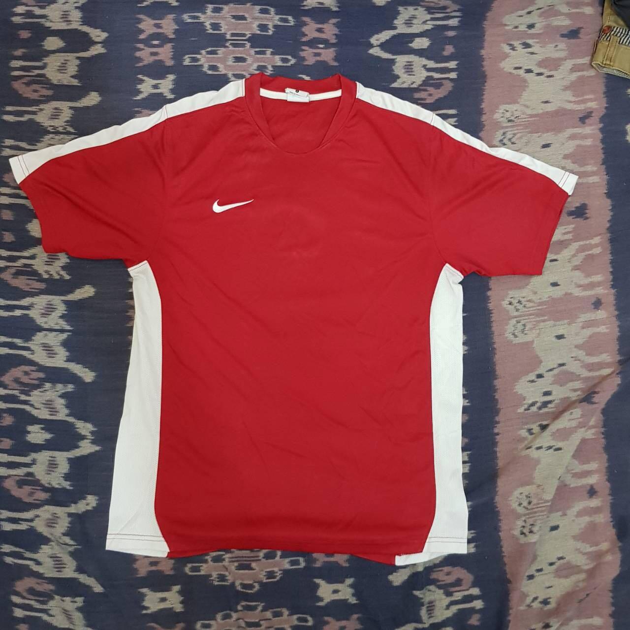 Kaos Jersey Merah Nike