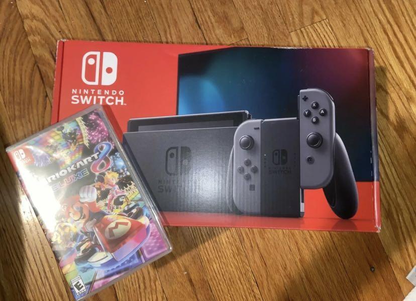 Nintendo Switch with Grey Joy-Con Bundle + Mario Kart 8 Deluxe (BRAND NEW)