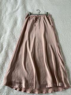 Pale pink silky midi skirt