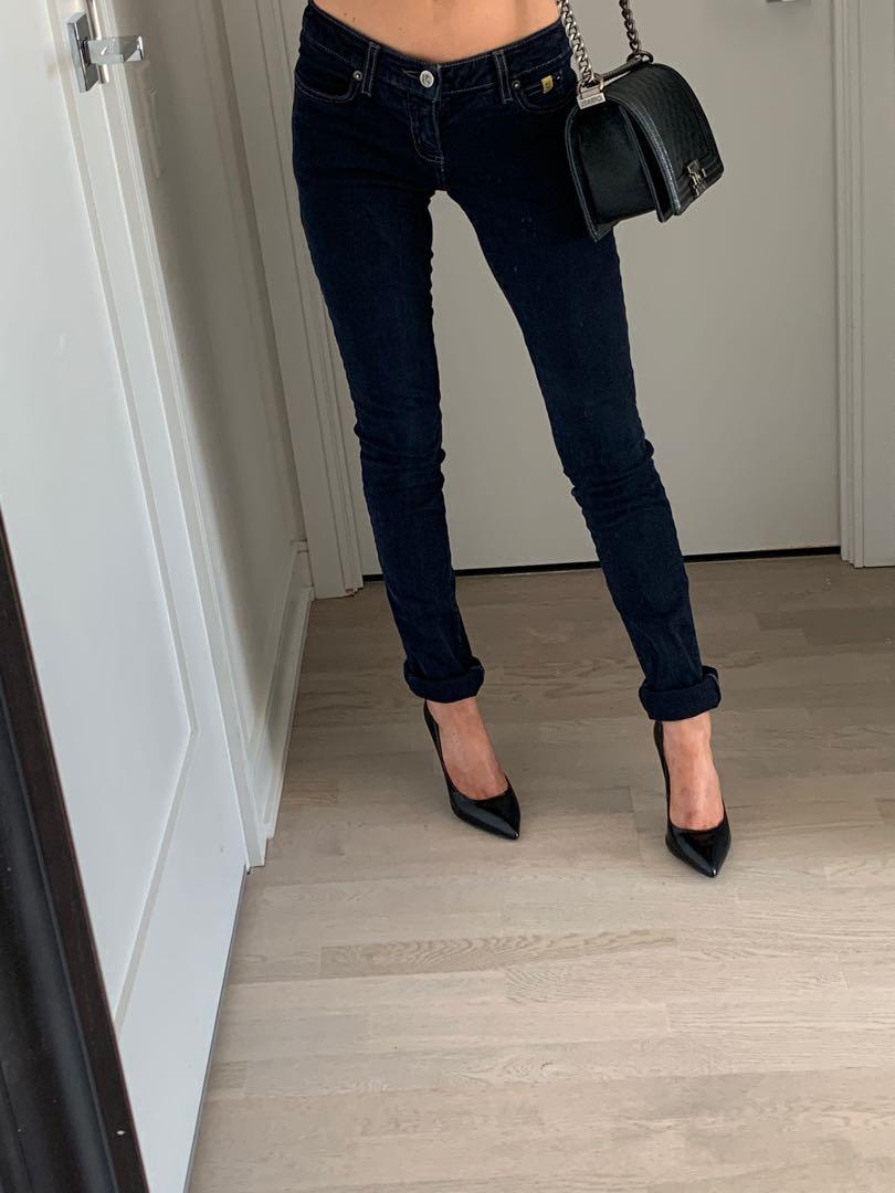 Second Yoga Jeans Dark Blue Wash Size 24