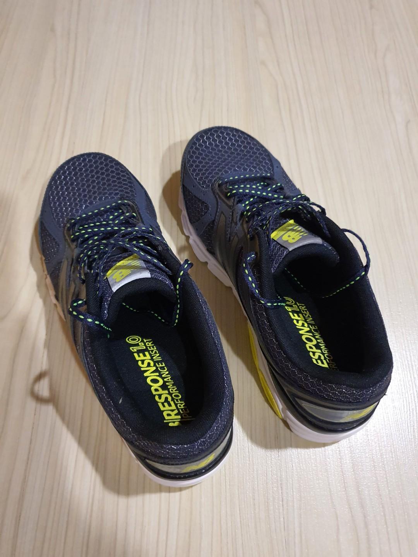 New Balance running shoe size