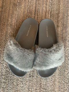 Steve Madden Furry Slippers-Grey