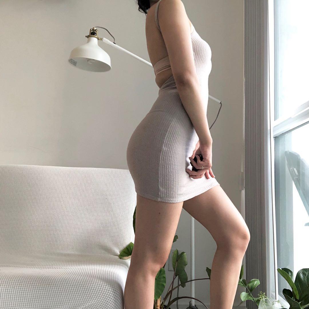 Aritzia backless dress