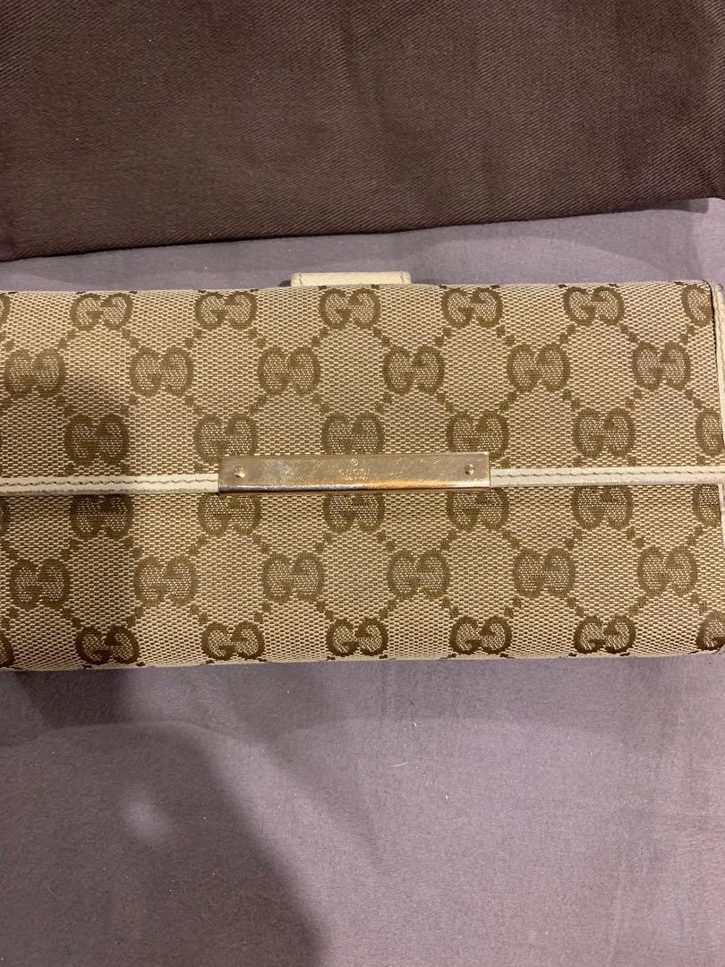 Gucci women's wallet authentic!