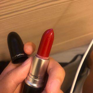MAC 子彈唇膏  brave red a77