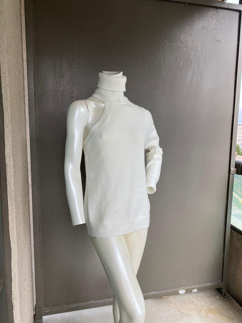 Michael Kors sweater size M/L.