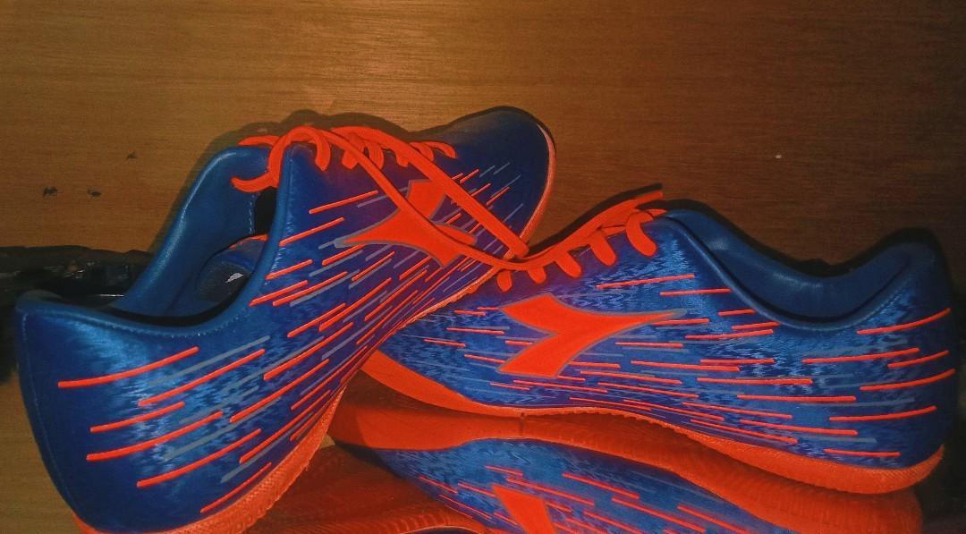 Sepatu Futsal Diadora