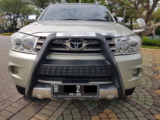 Toyota Fortuner 2.7 G Lux AT Bensin,Tampil Gagah Dengan Harga Merakyat