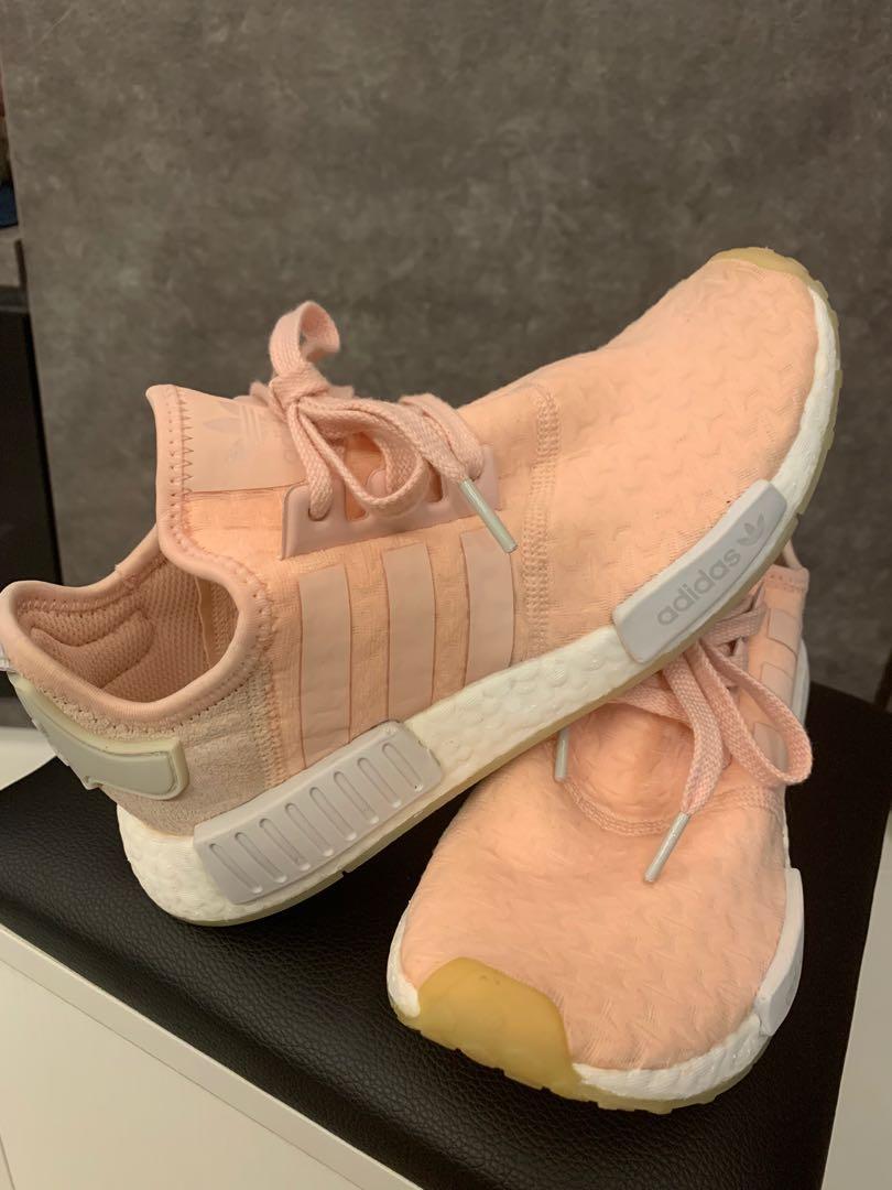 nmd r1 light pink