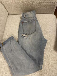BDG Light Wash Ripped Jeans Size 24
