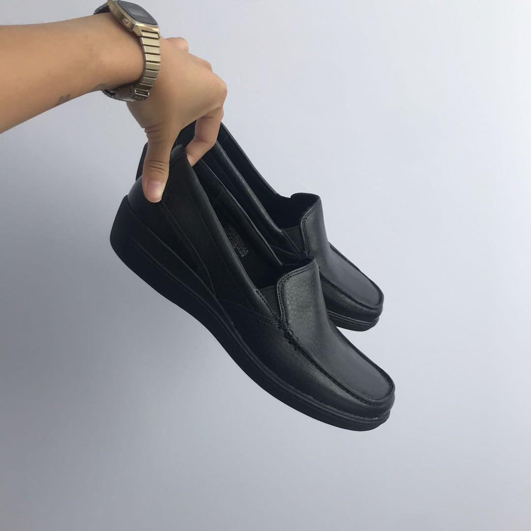 BNIB Rockport Loafers
