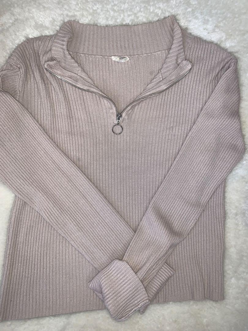 garage quarter zip long sleeve size M