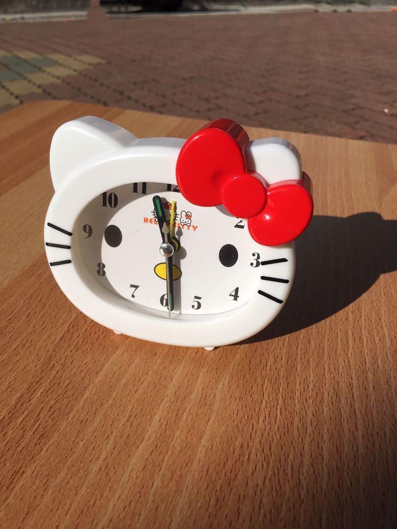 Hello kitty鬧鐘