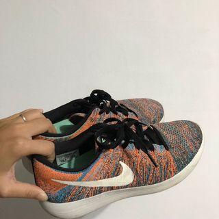 Nike us8