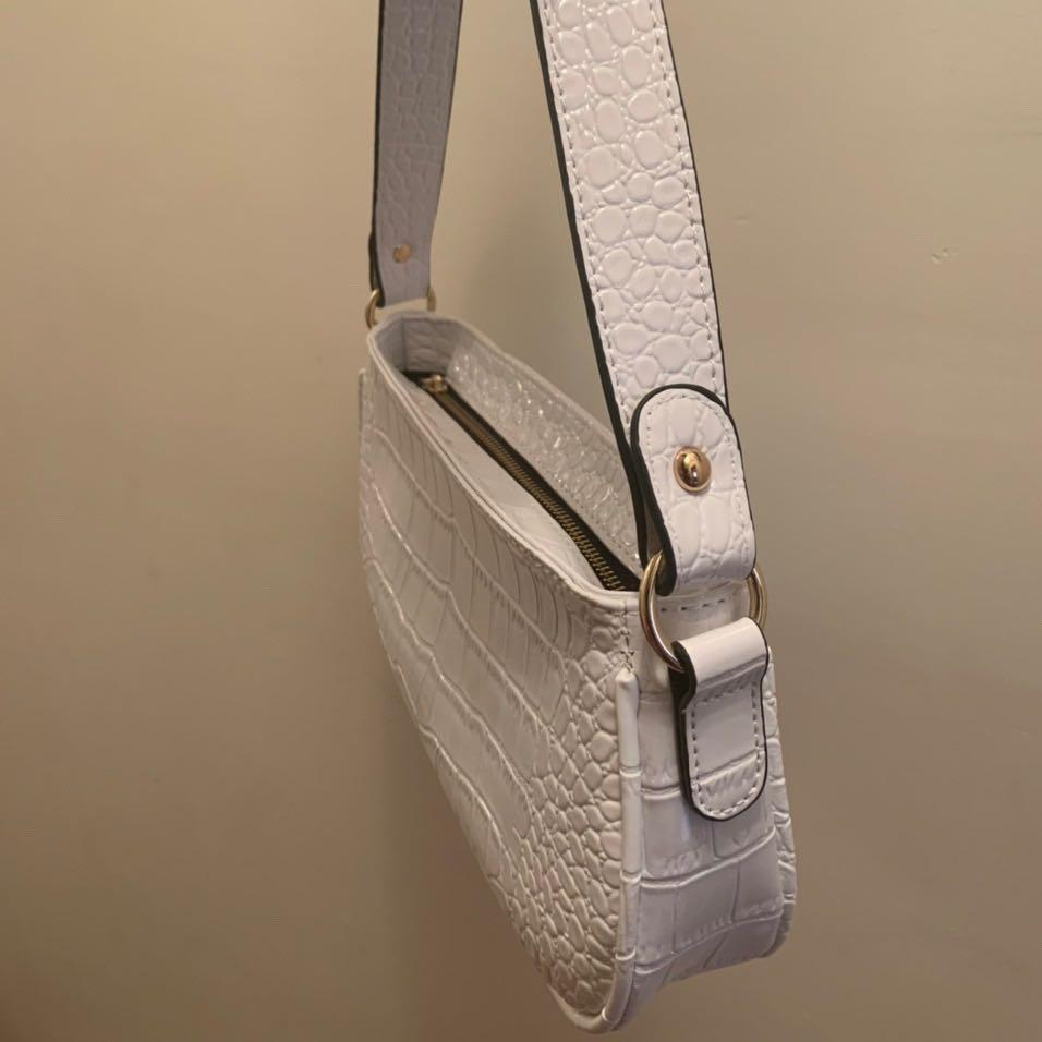 White baguette bag