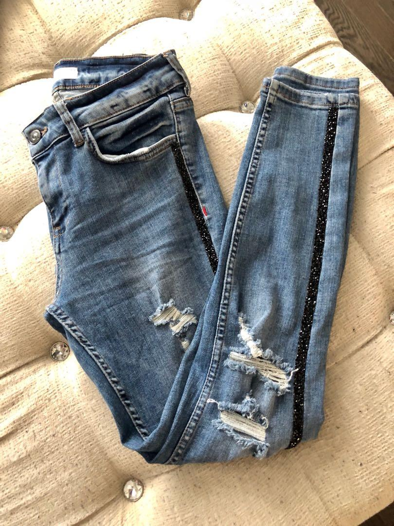 Zara skinny Jean (with side sparkle). Size 4
