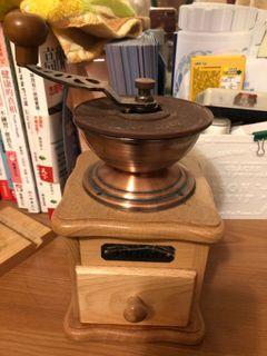 手動咖啡研磨器
