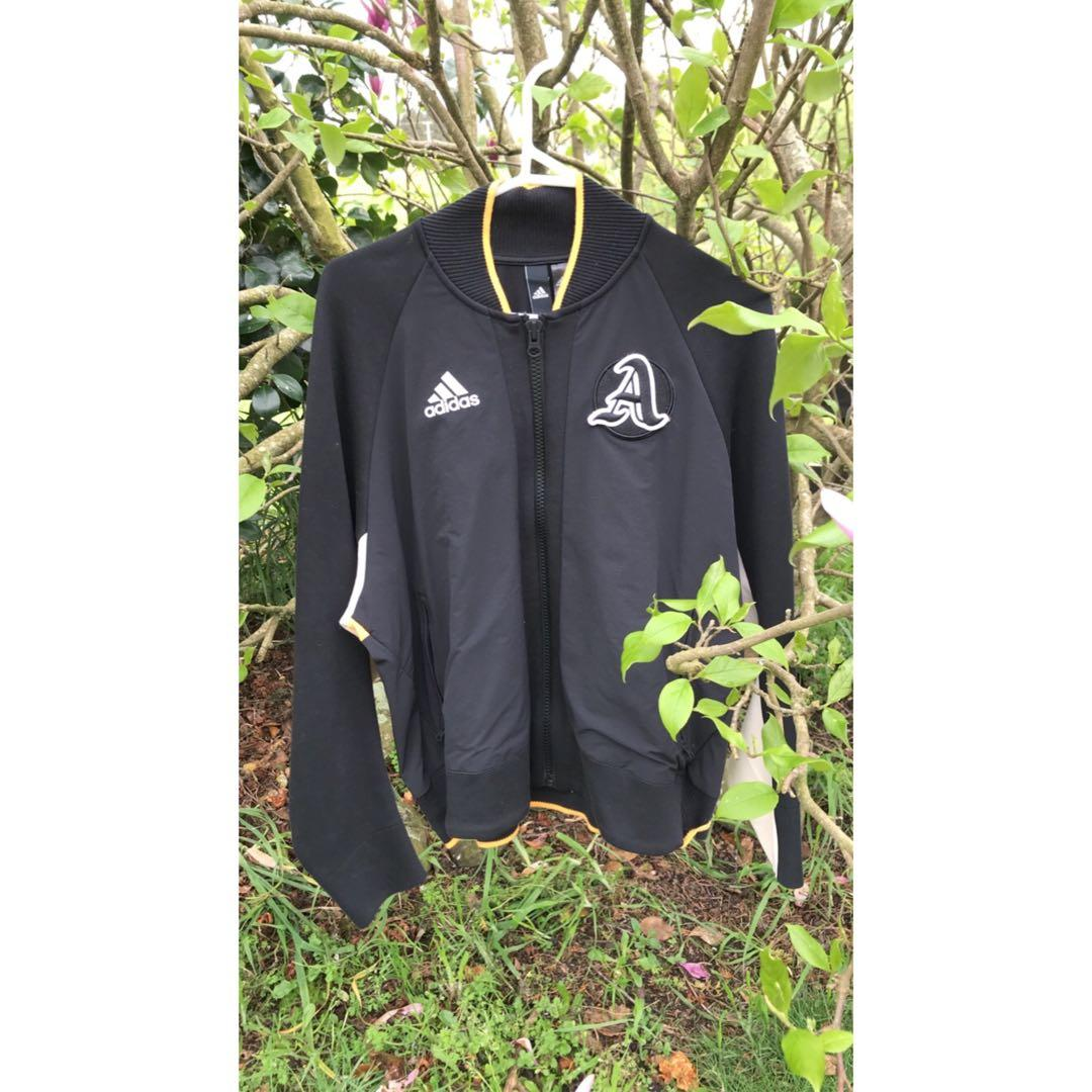 Adidas Womens VRCT Jacket