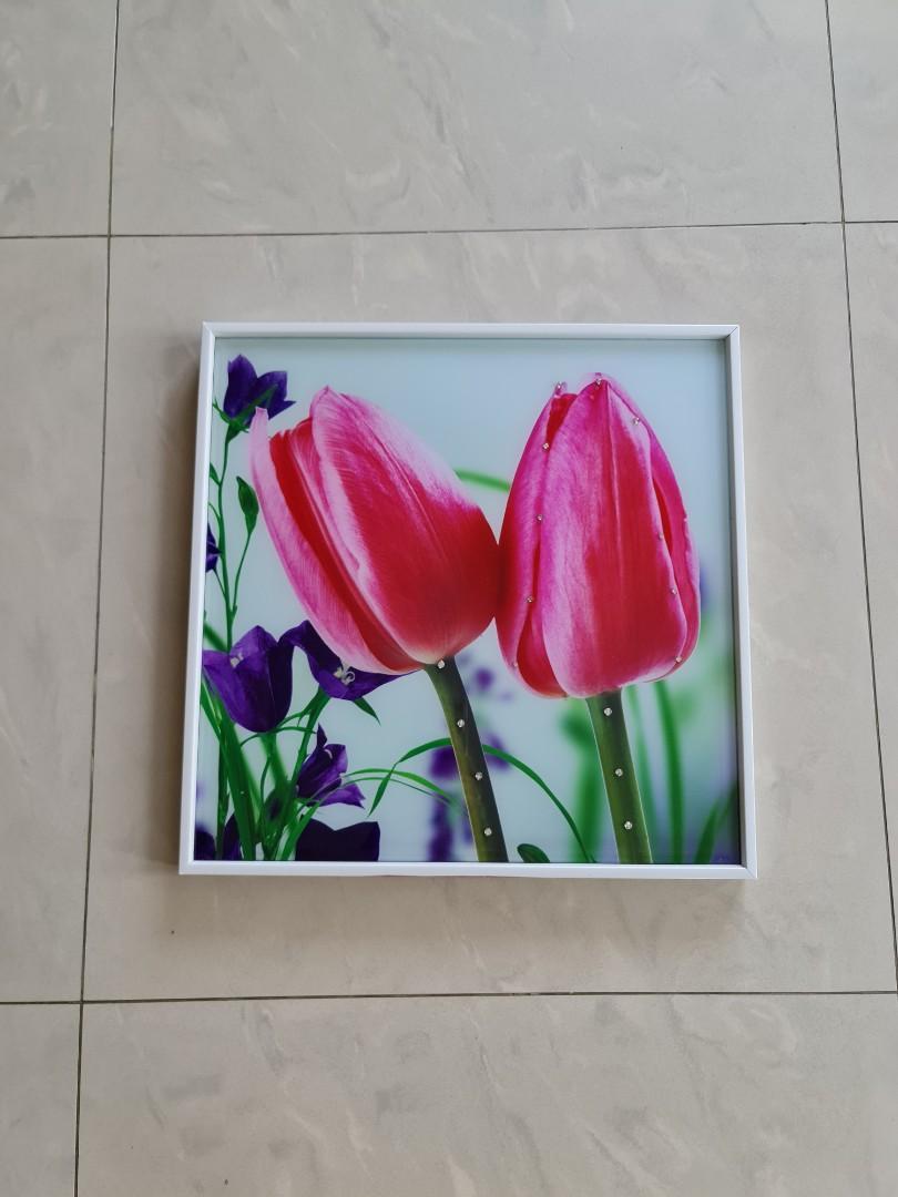 bingkai kaca bunga tulip
