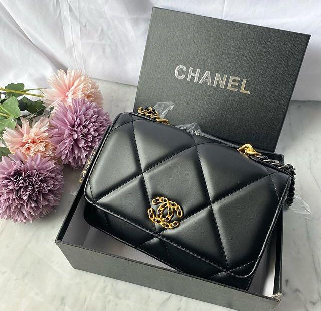Chnel Grand Noir Bag