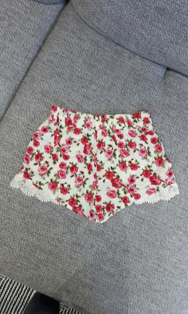 F21 Vintage Style Floral Lace Shorts- XS