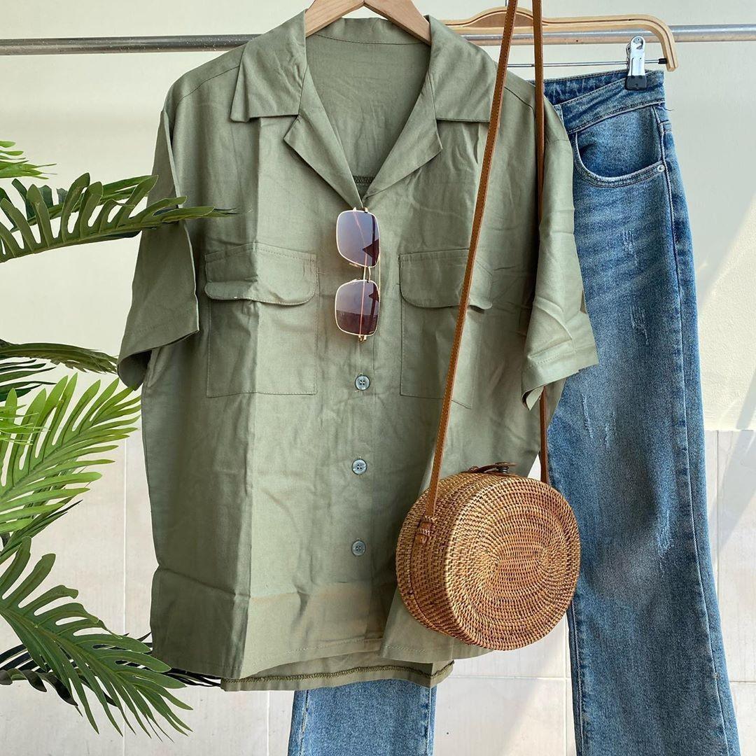 Oversized pocket top