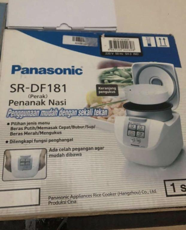 Panasonic Rice Cooker Digital 1,8Liter Penanak Nasi