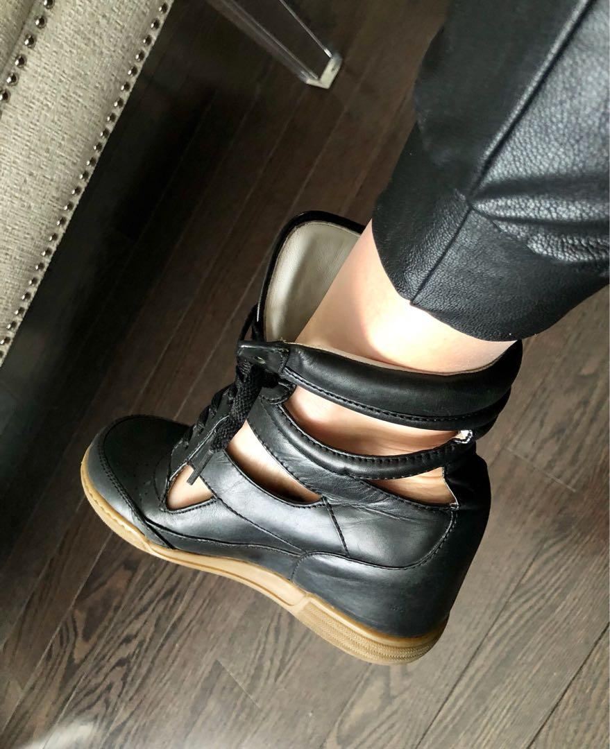 Reduced!  Authentic Marc Jacobs Leather sneaker Wedges. Size 7