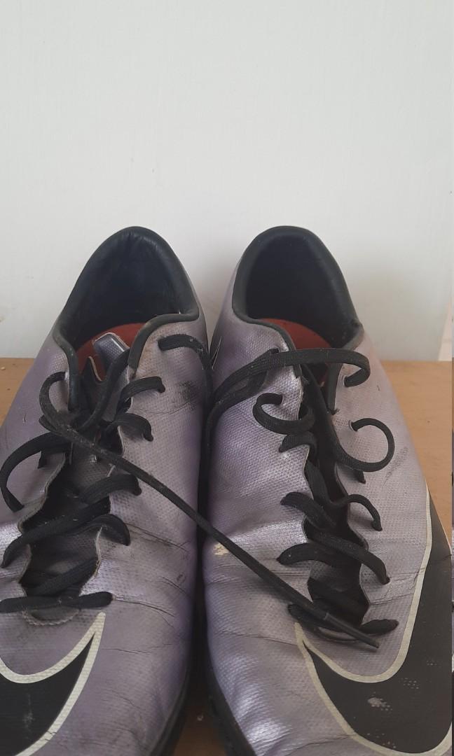 Sepatu futsal nike mercurial uk 42,5/27 cm
