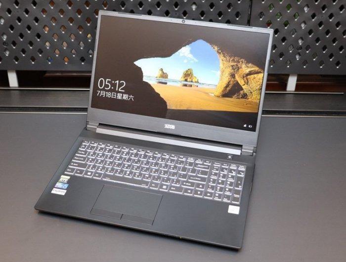 電競筆電 i7-10875H 16GB記憶體RTX 2060 512GBSSD Windows 10 Pro 開封福利品 支持語言:越南文、泰文、英文、印尼語