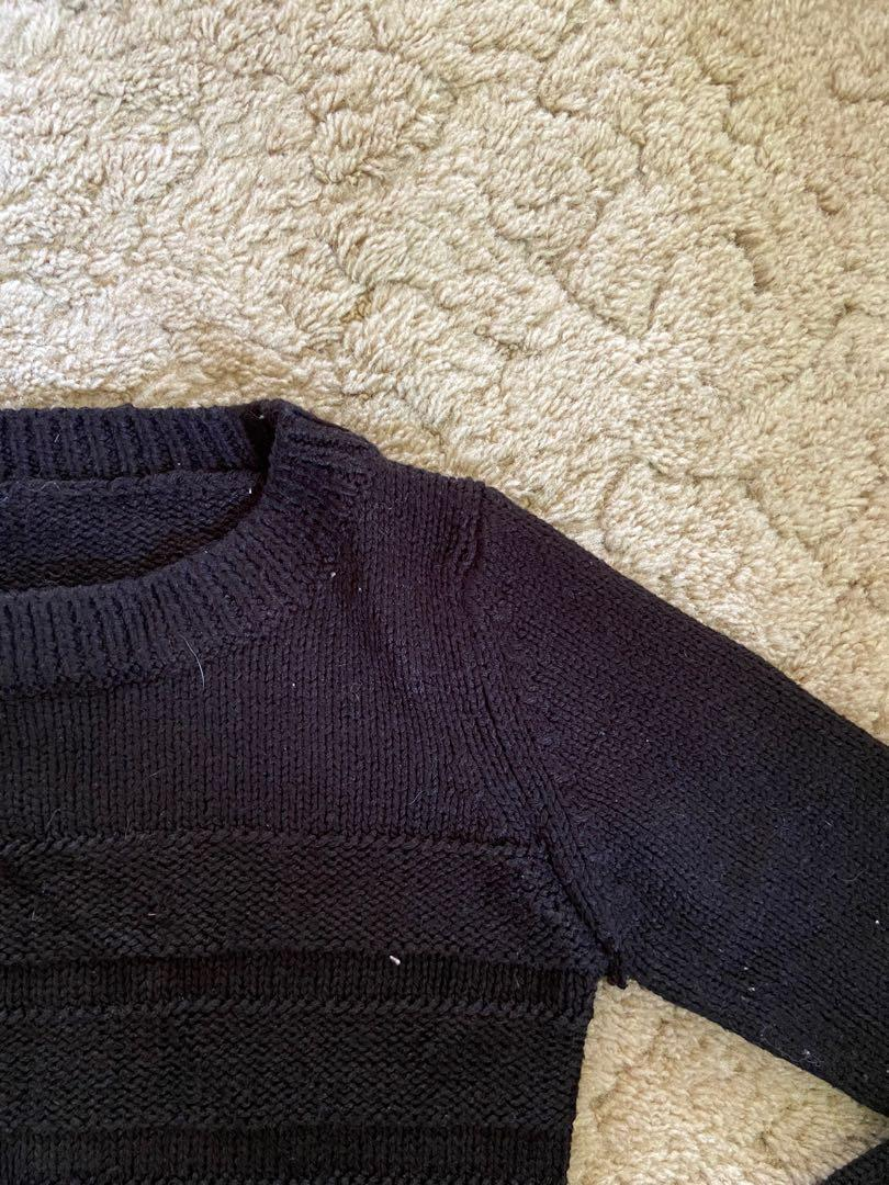 Cropped sweater size sweater