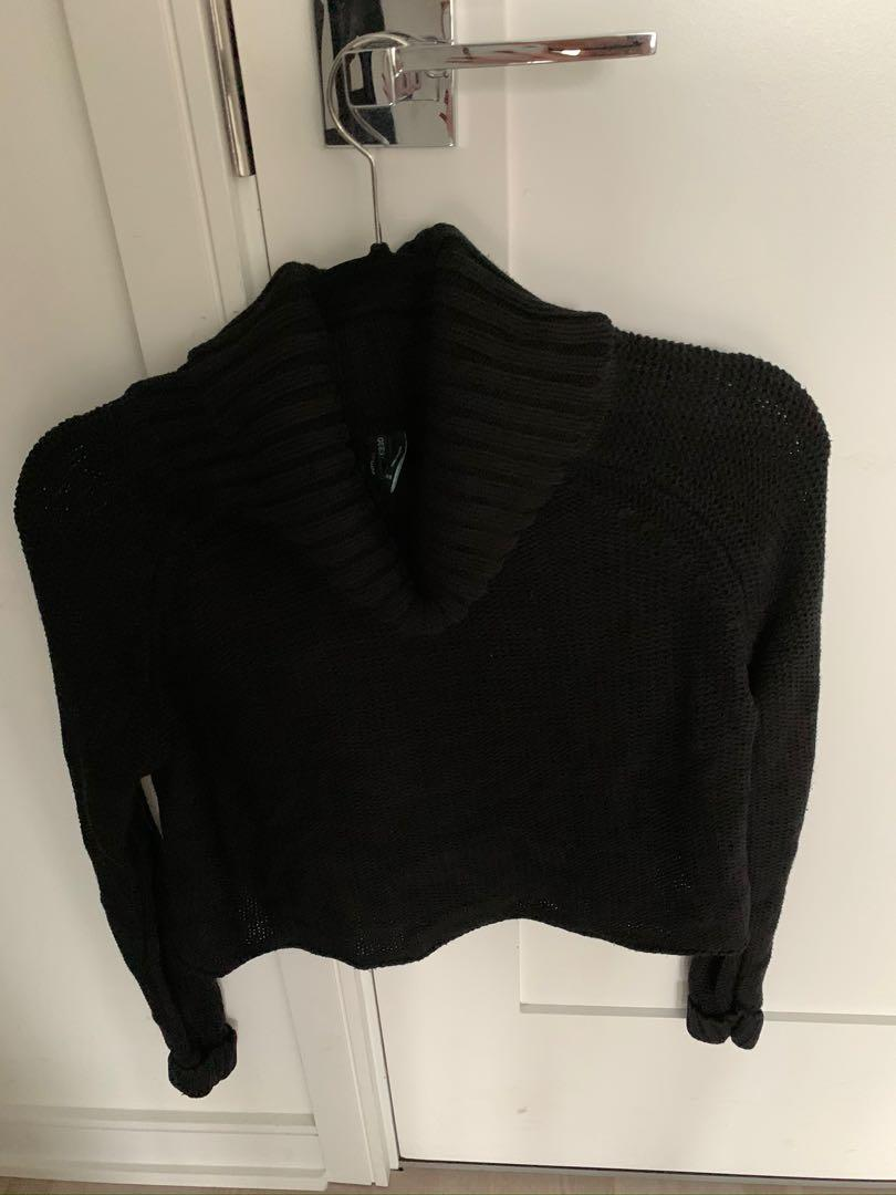 Guess by Marciano Black Turtleneck Crop Knit Sweater - XS