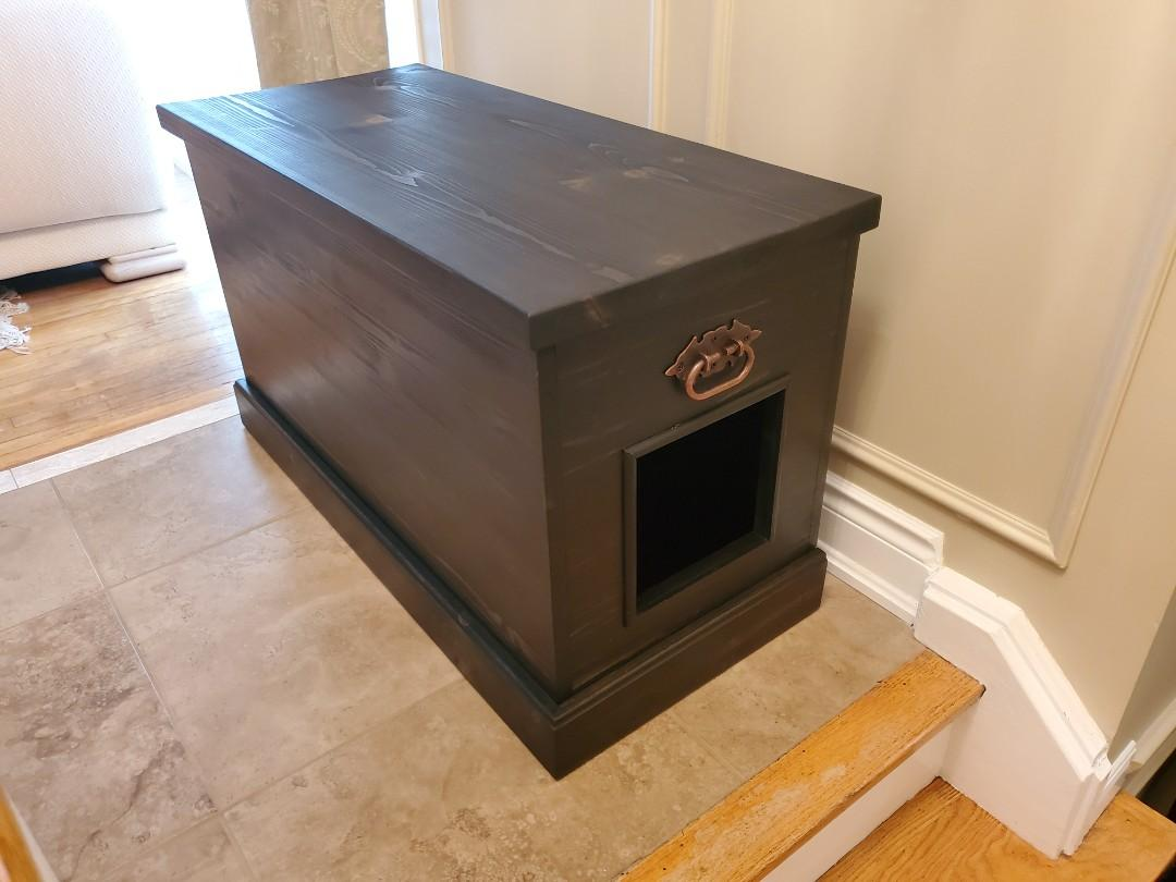Storage Chest - with optional cat entrance