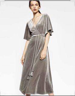 💝 Clearance: Zara Velvet Wrap Around Dress