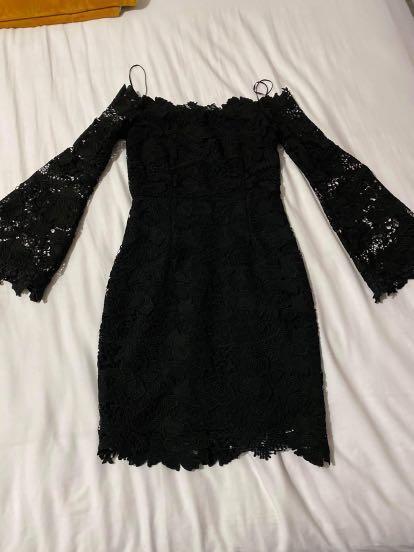 Black lace dress S