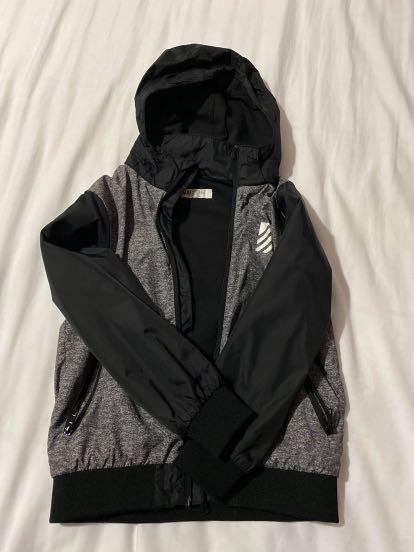Old navy  boy's sweater  6-8