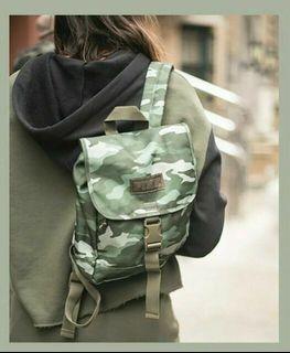 [Preorder] Victoria Secret PINK Mini Camo Sport clip Backpack