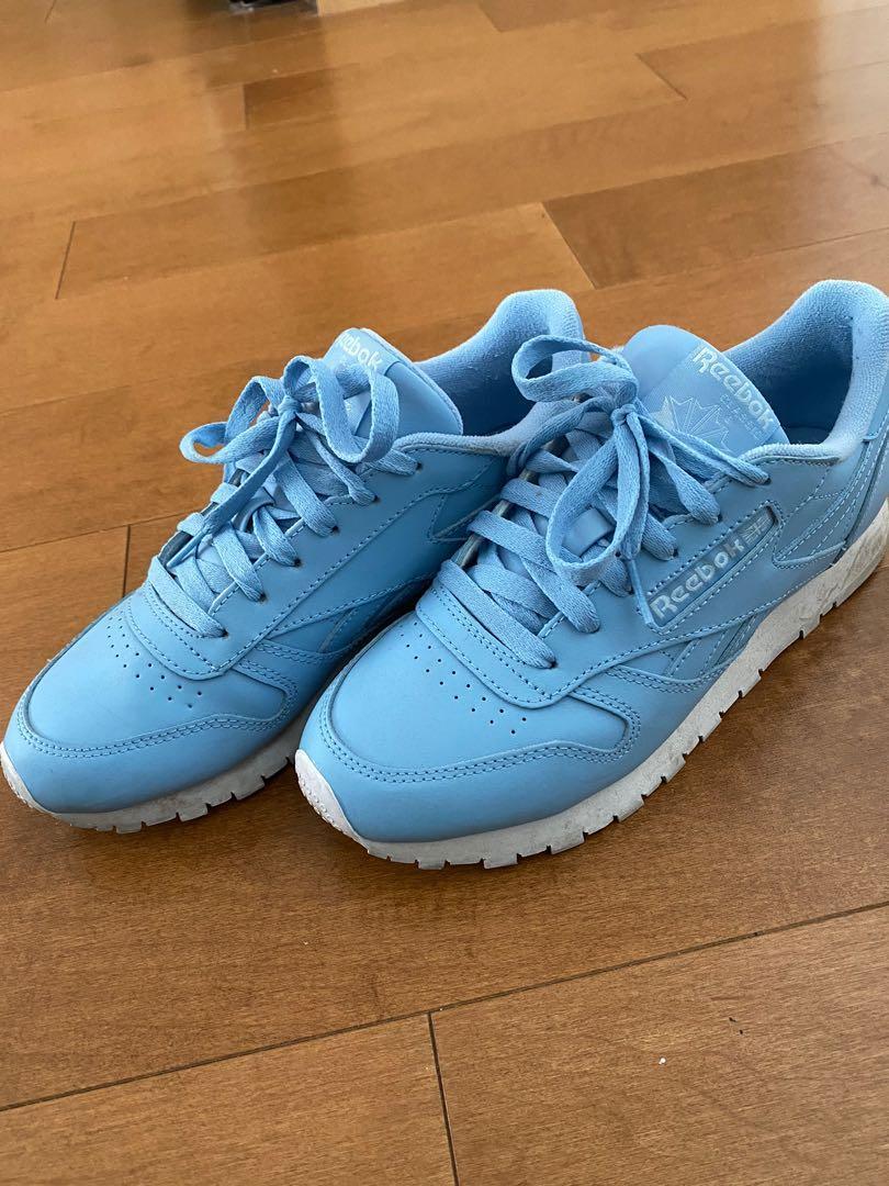 Reebok Light blue sneaker size 7.5