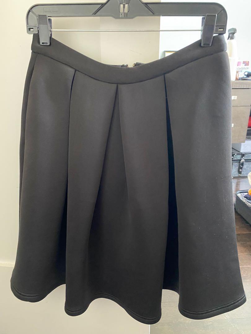 Skirt from honey