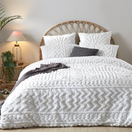 White Tufted Duvet Cover Set