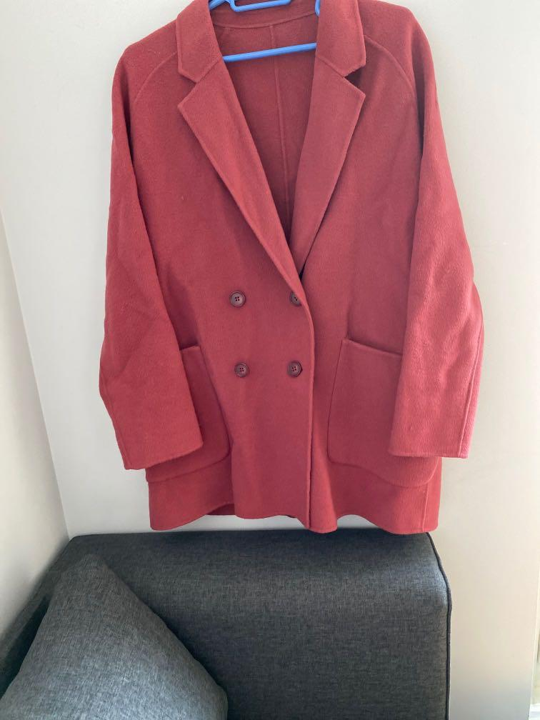 Brand new %100 wool coat size M