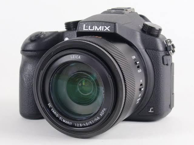 Panasonic Lumix DMC-FZ1000 Kredit Kamera Tanpa CC