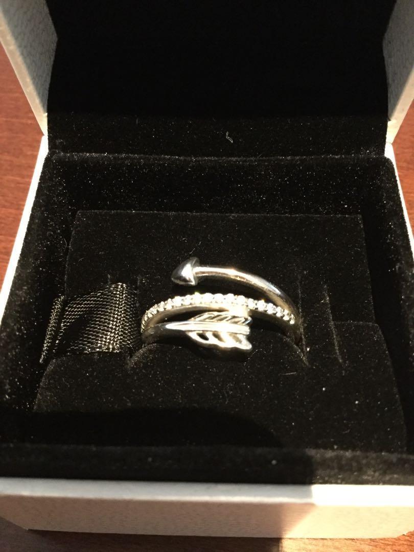 Pandora Sterling SilverWrap-Around Arrow Ring S:6